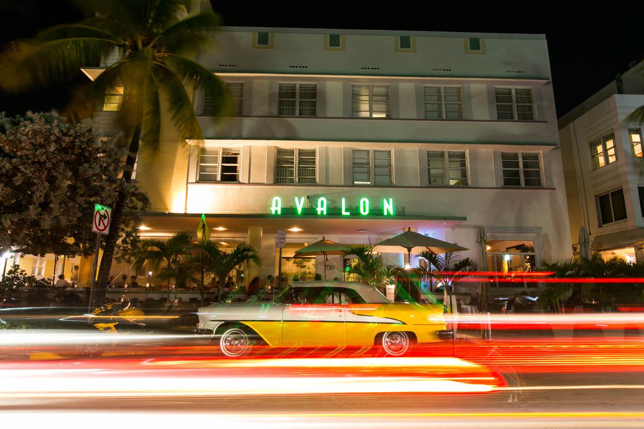 El Hotel Avalon, ubicado sobre la famosa Avenida Ocean Drive, una de las mas concurridas de South Beach. (Tetsu Espósito)