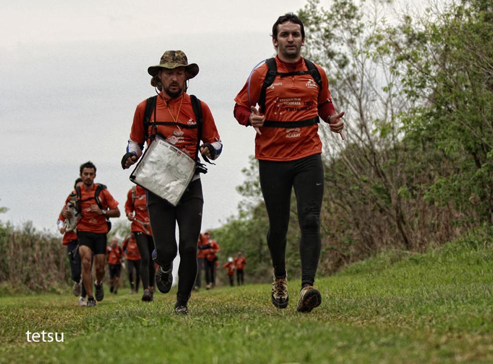 Varios kilómetros de corrida esperan a los participantes en la Reserva de Itabó. (Tetsu Espósito - Itabó, Paraguay)