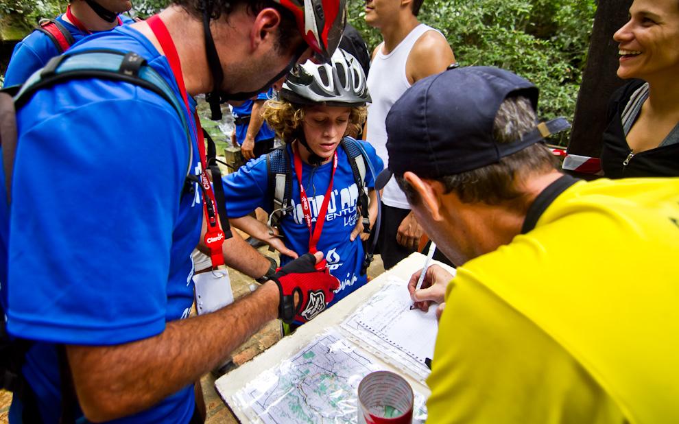 Competidores de distintas edades pueden participar de esta espectacular carrera, en la cual el espíritu aventurero es uno de los importantes requisitos. (Tetsu Espósito)