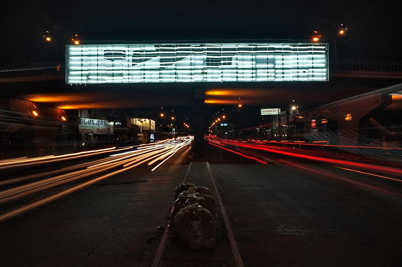 Viaducto de las avenidas General Santos y Eusebio Ayala, año 2012.